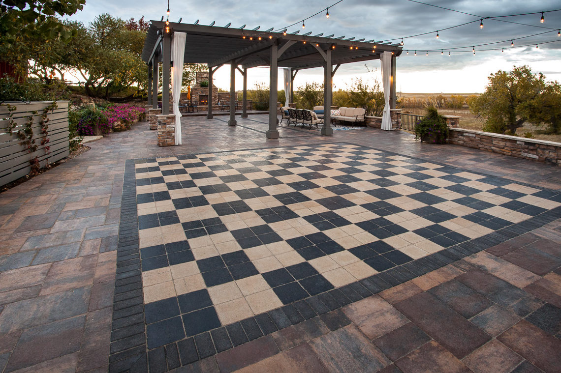 Commercial Pavers Stone Creek Hardscapes Amp Designs